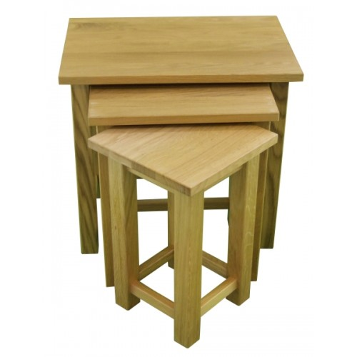 Small oak nest of tables for Small nest of tables